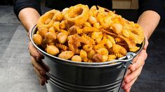 Chicken And Chips, Chicken And Waffles, Yummy Appetizers, Appetizer Recipes, Cafeteria Food, Spicy Pasta, Ground Chicken Recipes, Onion Recipes, Snacks