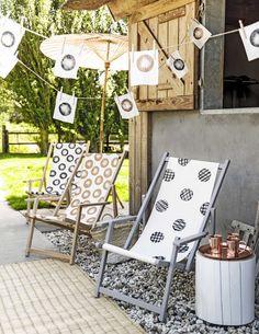 DIY beachchair and flags | DIY strandstoelen en vlaggenlijn | Photography Sjoerd Eickmans | Styling Gieke van Lon (humade.nl) and Lotte Dekker | vtwonen 05-2016