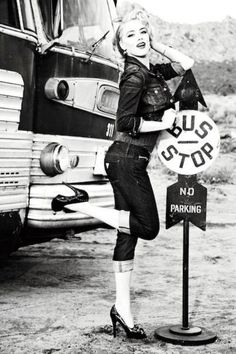 Pin up costume? Pin up Kissme style.