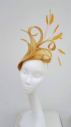 Gold Fascinator Wedding Fascinator Mother of the Bride hat Wedding Fascinators, Wedding Hats, Headpieces, Royal Ascot, Melbourne Cup, Mother Of The Bride Hats, Tea Hats, Cloche Hats, Fascinator Headband