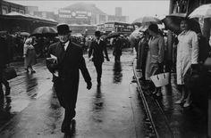 Roger Mayne - City Gents, Rush Hour, London