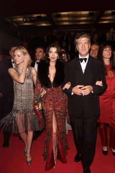 Naomi Watts, Laura Harring, and David Lynch at the 2001 Cannes Film Festival. Lynch received Best Director honors for Mulholland Dr.