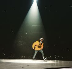Chris Brown Chirs Brown, Impossible Dream, Downtown Los Angeles, Black Artists, Baby Daddy, Three Kids, Husband, Concert, Cute