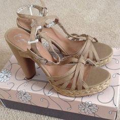 NEW Size 10 Beige Heels! NEW Envy beige/sand-colored heels with easy to walk in semi-chunky heel! Very cute! Envy Shoes Heels