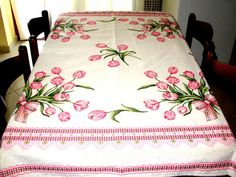 Flowers Table Cloth, Tablecloth With Tulips ,Rustic Table Cloth, Pink White Table Cloth, Modern Tablecloth,Great Gift For Womens.
