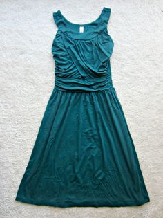 stitch fix gilli gillian sleeveless dress dark green. I love the way this dress looks on and the way it can be dressed up or worn casually! Want this dress!