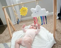 Baby Gym Tutorial with Free Printables How to Make Baby Gym - free plans and printable pattern - love the sleepy Rainbow CloudHow to Make Baby Gym - free plans and printable pattern - love the sleepy Rainbow Cloud Wood Baby Gym, Diy Baby Gym, Handgemachtes Baby, Baby Play, Toddler Learning Activities, Infant Activities, Gym Plans, Play Gym, Montessori Toys