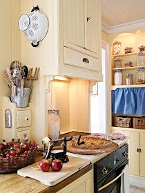 Discovered by Amy Melampy. Find images and videos about home decor, kitchen and farmhouse style on We Heart It - the app to get lost in what you love. Kitchen Decor, Rustic Interiors, Home Kitchens, Vintage Kitchen, Swedish Interiors, Kitchen Design, Kitchen Dining Room, Swedish Furniture, Country Kitchen