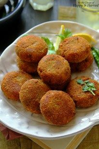 Crisp on the outside, spicy and juicy inside, these Indian style fish cutlets are a snap to make. These salmon croquettes make for a great evening snack or party appetizers. Just when I thought tha…