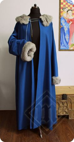Handstitched Medieval German Schaube 15c with fur by LadyMalinacom