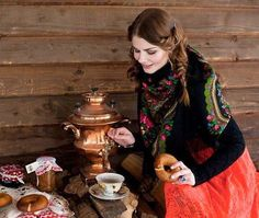 Russian hospitality is known all over the world. If you are going to visit your Russian friends, be sure they will offer you at least a cup of tea with cookies. https://sphotos-a.xx.fbcdn.net/hphotos-prn1/537437_447479565328016_1755671302_n.jpg