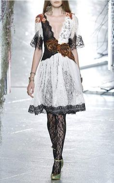 Rodarte Spring Summer 2016 Look 27 on Moda Operandi
