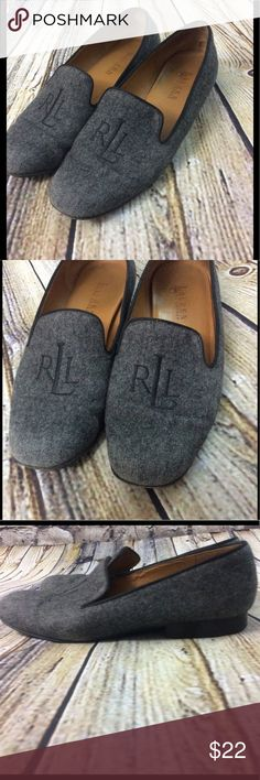 Ralph Lauren Smoking Slippers Loafers Gorgeous pair of RLL monogrammed wool felt Loafers in Smoking slipper style. Size 7.5. Clearly have creases in the toes, light wear in the insole and outer sole. Rating about a 6/10 for condition due to these flaws listed. Lauren Ralph Lauren Shoes Flats & Loafers