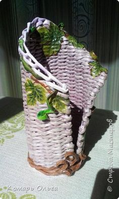 Поделка изделие Плетение Учусь плести Бумага газетная фото 12
