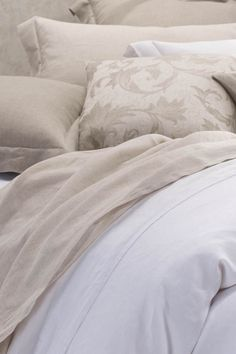http://purelinen.com.au/our-products/bed-linen/bed-linen-catalogues