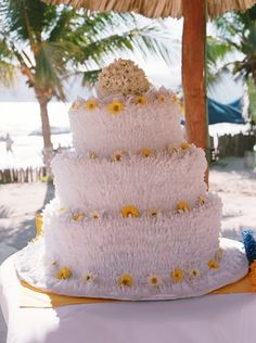 10 Beautiful and Unique Wedding Cakes - Wedding Party