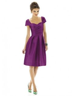 Bridesmaid Gown Purple Simple Sheath/Column Square Short/Mini Taffeta [A-W-Dress8902] - $101.00 :