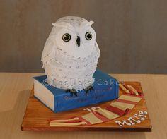 Hedwig Owl Cake