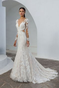 Justin Alexander - Style 88010: Lace Fit and Flare Gown with Illusion Long Sleeves