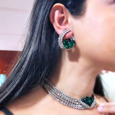 Image may contain: one or more people and closeup Jewelry Sets, Jewelry Watches, Jewelry Accessories, Jewelry Necklaces, Jewellery, Diamond Jewelry, Diamond Earrings, Pakistani Jewelry, Colombian Emeralds