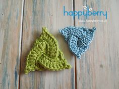 How To Crochet a Celtic Triangle