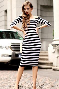 Retro stripy B/W dress: to have!