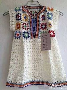 Transcendent Crochet a Solid Granny Square Ideas. Inconceivable Crochet a Solid Granny Square Ideas. Mode Crochet, Crochet Tunic, Crochet Girls, Crochet Woman, Crochet Granny, Crochet For Kids, Crochet Clothes, Easy Crochet, Crochet Baby