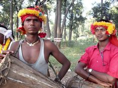 Muria tribu. Nouvel article sur le blog, avec toutes les photos qui ont permis de remporter le prix d'excellence décerné par l'office de tourisme du #Chhattisgarh : les tribus, le Maharaja, les chutes de #Chitrakoot...