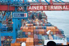 Commercio estero: esportazioni extra Ue in crescita dello 0,9% ad agosto
