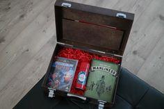 Kleine Überraschung am heutigen Tag. Ein Koffer wurde ins Atomlabor geliefert.... Männersache(n) von Old Spice Atomlabor Wuppertal Blog