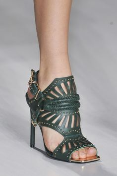 The Top 8 Shoe Trends For Spring 2015. Wish I could wear heels this high. Maybe in my next life!