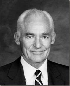 Samuel Moore Sam Walton 1918 1992 Was An American Businessman Entrepreneur Born In Kingfisher Oklahoma Best Known For Founding The Retailers Walmart