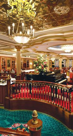 TD ❤️ Versaille dining room Norwegian Star cruise ship