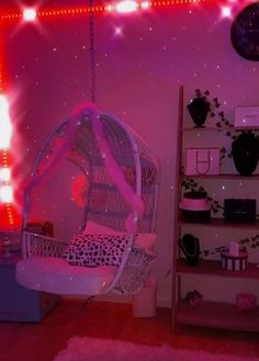 Indie Room Decor, Cute Bedroom Decor, Cute Bedroom Ideas, Room Ideas Bedroom, Bedroom Inspo, Chill Room, Cozy Room, Neon Bedroom, Butterfly Room