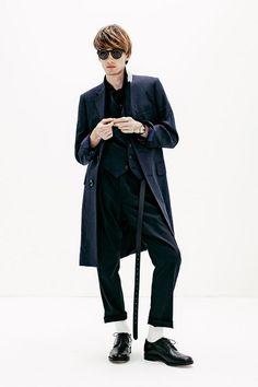 Kazuki Nagayama 2017 Spring/Summer Collection: A unique display of hyper modern tailoring. Hypebeast, Summer Collection, Art Direction, Normcore, Spring Summer, Unique, Clothes, Fashion, Moda