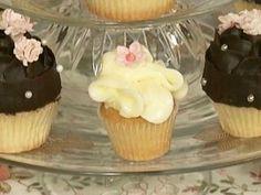 Cupcakes de cacahuate y vainilla- Chf. Paulina Abascal http://elgourmet.com/receta/cupcakes-de-cacahuate-y-vainilla