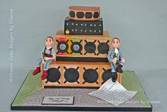 REGGAE DJ ~ SKINHEAD Music Themed Cakes, Designer Cakes, Dream Cake, Skinhead, Unique Cakes, Novelty Cakes, Centre Pieces, Celebration Cakes, Celebrity Weddings
