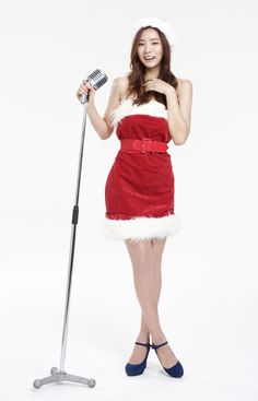 Actress Shin Se Kyung records a Christmas carol with Epitone Project