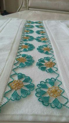 HUZUR SOKAĞI (Yaşamaya Değer Hobiler) Baby Knitting Patterns, Crochet Patterns, Crochet Bedspread, Crochet Needles, Thread Art, Lace Making, Bargello, Filet Crochet, Beautiful Crochet