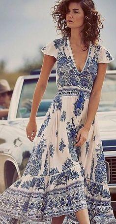 Women retro print long dress summer Deep V Maxi Dress Vintage high split chiffon women sundress-Dress-SheSimplyShops Boho Summer Outfits, Pretty Outfits, Pretty Dresses, Beautiful Dresses, Summer Dresses, Boho Outfits, Maxi Dresses, Summer Maxi, Casual Summer