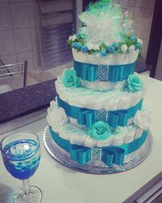 Bolo de Fraldas Chá de Bebe Azul turquesa by: Erika Mello #babyshower #babyboy #chadebebemenino #bolodefraldas
