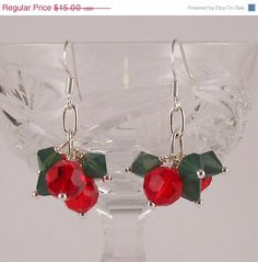 Holiday SALE Shake It Up Pom Swarovski crystal Christmas Holiday Earrings Gift… Wire Jewelry, Beaded Jewelry, Handmade Jewelry, Jewellery, Bead Crafts, Jewelry Crafts, Jewelry Ideas, Ideas Joyería, Christmas Jewelry