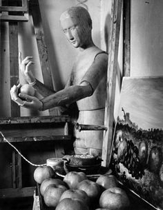 Herbert List, The studio of Giorgio de Chirico, Piazza de Spagna, Rome, Italy Herbert List, Modern Photography, Vintage Photography, Street Photography, Jean Arp, Magnum Photos, Jimmy Nelson, Skinny Puppy, Roland Barthes