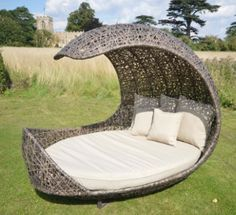 Modern Daybeds Outdoor Furniture Decor Is Like Pool Concept Lovely intended for Lovely Pool Daybeds Wooden Garden Furniture, Rattan Furniture, Furniture Decor, Outdoor Furniture, Outdoor Decor, Furniture Movers, Garden Day Bed, Garden Table, Balcony Garden