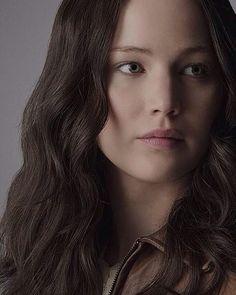 Katniss Everdeen // Jennifer Lawrence   The Hunger Games