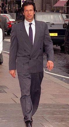 Imran Khan Pic, Imran Khan Pakistan, Imran Khan Wedding, Imran Khan Cricketer, Reham Khan, Princess Diana Wedding, Daily Fashion, Mens Fashion, King Of Hearts