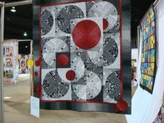 In love with this Red, B W quilt! Log Cabin style..WOW!