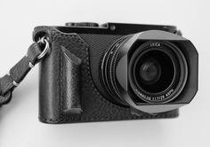 Protecting an expensive Leica body with a leather half case is a sensible  move…