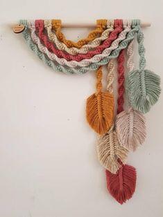G u m n u t ~ Upside down Rainbow Feather Wall Hanging Macrame Design, Macrame Art, Macrame Projects, Crochet Projects, Macrame Knots, Macrame Jewelry, Macrame Wall Hanging Patterns, Macrame Plant Hangers, Yarn Crafts