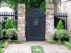 Jaw-Dropping Tips: Perforated Steel Fence brick fence post.Vinyl Fence Lighting … Jaw-Dropping Tips: Perforated Steel Fence brick fence post.Vinyl Fence Lighting old fence wagon wheels. Brick Columns, Brick Fence, Front Yard Fence, Stone Pillars, Gabion Fence, Fence Stain, Brick Wall, Brick Courtyard, Casa Top